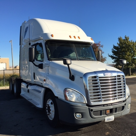 Sleeper Tractor-Heavy Duty Tractors-Freightliner-2011-Cascadia 12564ST-OKLAHOMA CITY-OK-408,174 miles-$36,500