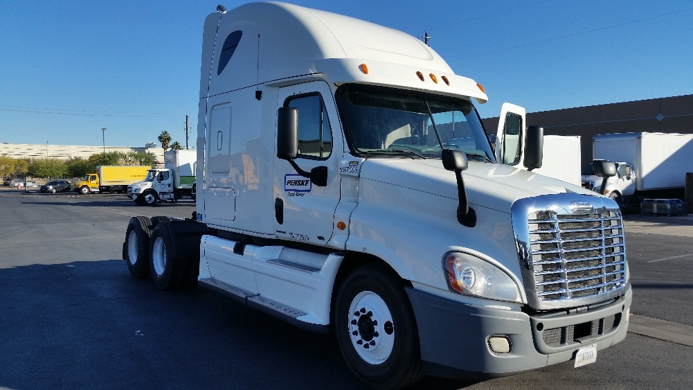 Sleeper Tractor-Heavy Duty Tractors-Freightliner-2011-Cascadia 12564ST-LAS VEGAS-NV-571,543 miles-$41,250