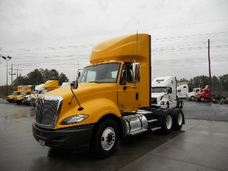 Day Cab Tractor-Heavy Duty Tractors-International-2011-ProStar-FOREST PARK-GA-307,826 miles-$28,250