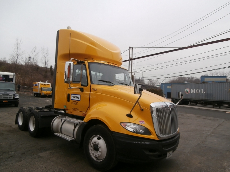Day Cab Tractor-Heavy Duty Tractors-International-2011-ProStar-ELMSFORD-NY-275,958 miles-$22,250