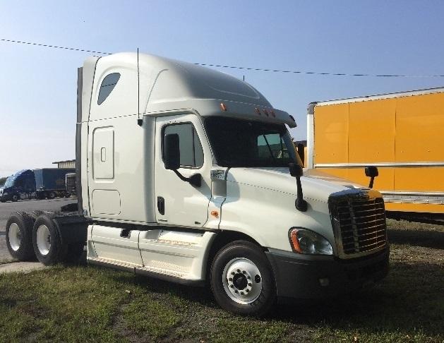 Sleeper Tractor-Heavy Duty Tractors-Freightliner-2011-Cascadia 12564ST-MEBANE-NC-630,191 miles-$33,750