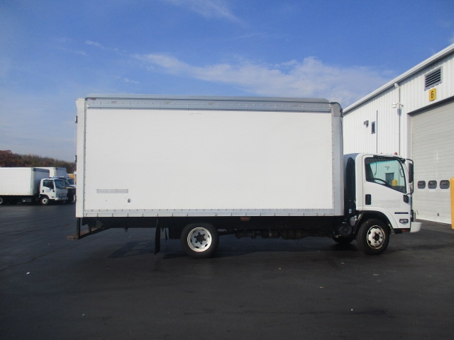 Medium Duty Box Truck-Light and Medium Duty Trucks-Isuzu-2010-NQR-CARLISLE-PA-203,753 miles-$18,750