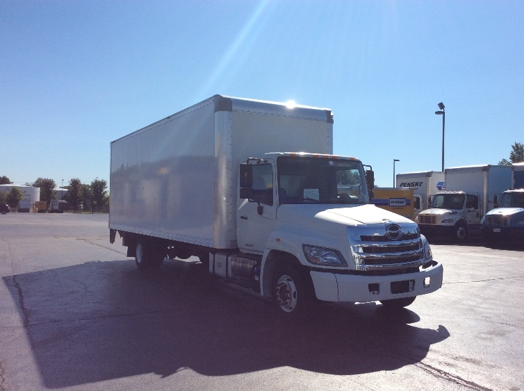 Medium Duty Box Truck-Light and Medium Duty Trucks-Hino-2011-258LP-ROCKFORD-IL-128,997 miles-$27,500