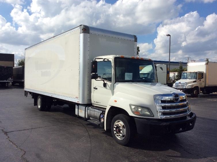 Medium Duty Box Truck-Light and Medium Duty Trucks-Hino-2011-258LP-CHICAGO RIDGE-IL-121,061 miles-$38,000