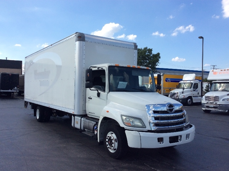 Medium Duty Box Truck-Light and Medium Duty Trucks-Hino-2011-258LP-ROCKFORD-IL-128,935 miles-$27,500