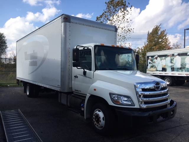 Medium Duty Box Truck-Light and Medium Duty Trucks-Hino-2011-258LP-WIXOM-MI-145,787 miles-$26,000