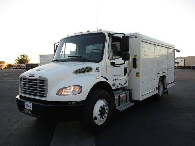 Beverage Truck-Light and Medium Duty Trucks-Freightliner-2011-M2-TORRANCE-CA-250,903 miles-$32,750