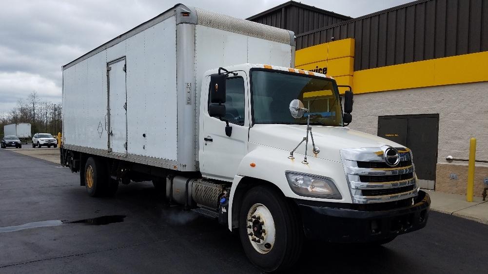 Medium Duty Box Truck-Light and Medium Duty Trucks-Hino-2011-338-WEST HAVEN-CT-208,793 miles-$23,500