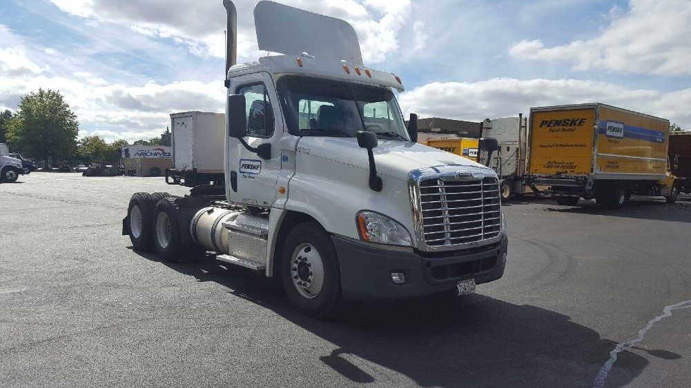 Day Cab Tractor-Heavy Duty Tractors-Freightliner-2011-Cascadia 12564ST-JESSUP-MD-281,075 miles-$48,750