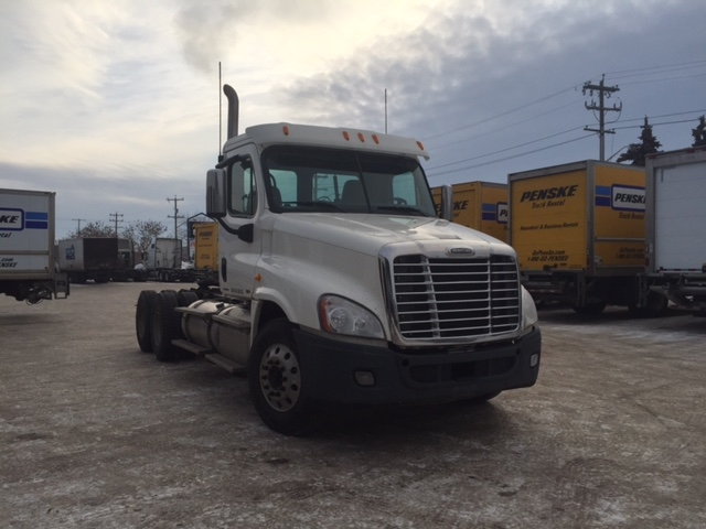 Day Cab Tractor-Heavy Duty Tractors-Freightliner-2011-Cascadia 12564ST-EDMONTON-AB-462,532 km-$50,750