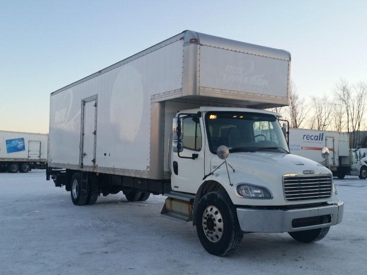 Medium Duty Box Truck-Light and Medium Duty Trucks-Freightliner-2011-M2-STE-FOY-PQ-180,425 km-$48,000