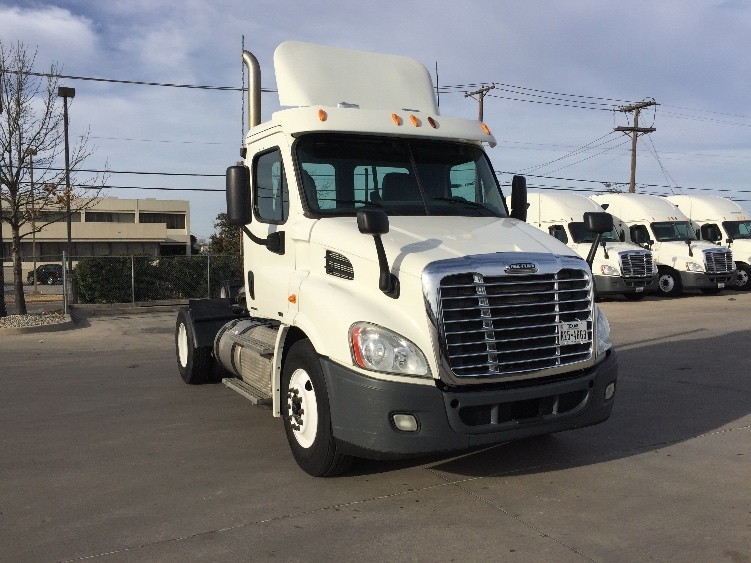 Day Cab Tractor-Heavy Duty Tractors-Freightliner-2011-Cascadia 11342ST-FORT WORTH-TX-280,925 miles-$49,000