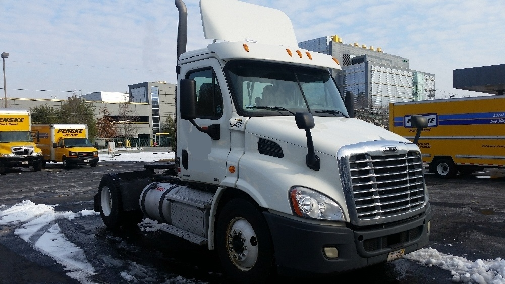 Day Cab Tractor-Heavy Duty Tractors-Freightliner-2011-Cascadia 11342ST-FRAMINGHAM-MA-240,852 miles-$32,000