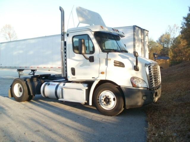 Day Cab Tractor-Heavy Duty Tractors-Freightliner-2011-Cascadia 11342ST-VILLA RICA-GA-621,297 miles-$25,500