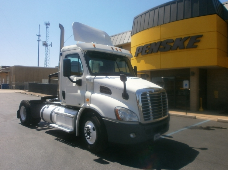 Day Cab Tractor-Heavy Duty Tractors-Freightliner-2011-Cascadia 11342ST-MEMPHIS-TN-427,851 miles-$31,750