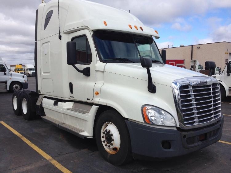 Sleeper Tractor-Heavy Duty Tractors-Freightliner-2011-Cascadia 12564ST-ETOBICOKE-ON-895,005 km-$37,500