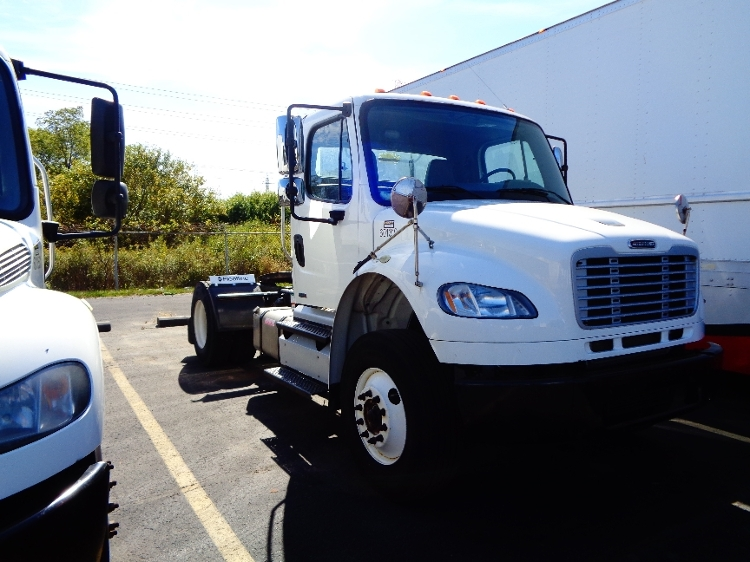 Day Cab Tractor-Heavy Duty Tractors-Freightliner-2011-M2-LONDON-ON-189,590 km-$33,500