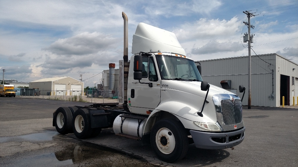 Day Cab Tractor-Heavy Duty Tractors-International-2011-8600-TWINSBURG-OH-324,758 miles-$21,750