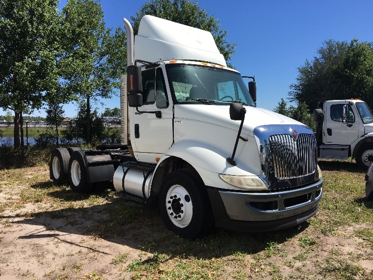 Day Cab Tractor-Heavy Duty Tractors-International-2011-8600-ORLANDO-FL-279,425 miles-$24,000
