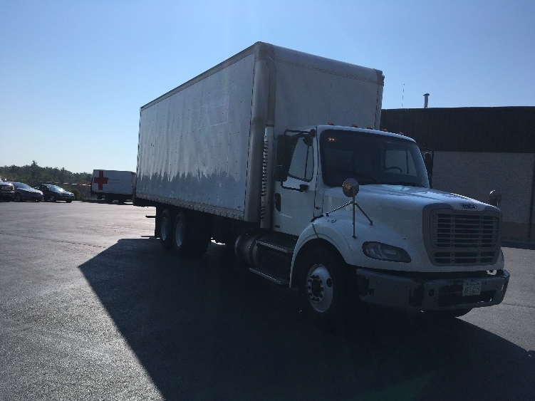 Medium Duty Box Truck-Heavy Duty Tractors-Freightliner-2011-M211264S-LONDONDERRY-NH-563,021 miles-$25,750