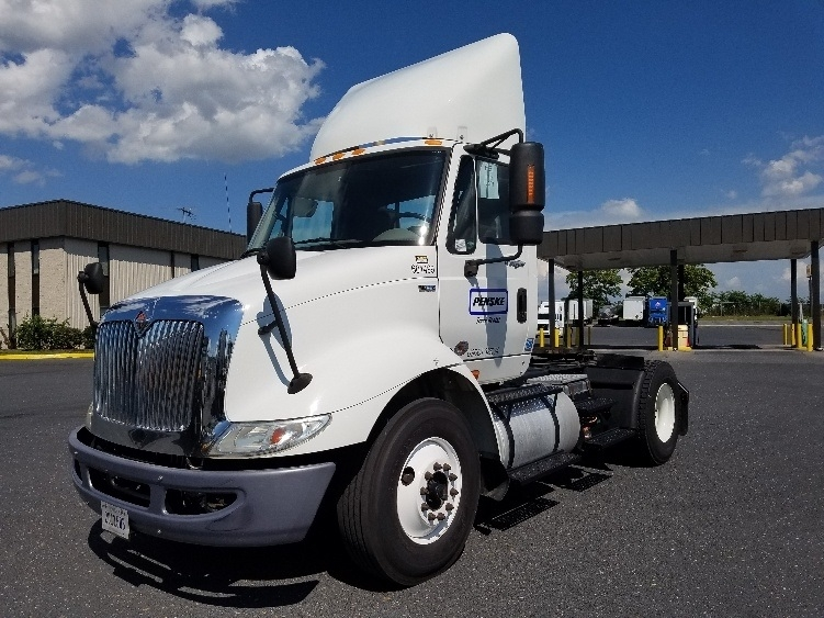 Day Cab Tractor-Heavy Duty Tractors-International-2012-8600-FREDERICKSBURG-VA-266,524 miles-$23,500