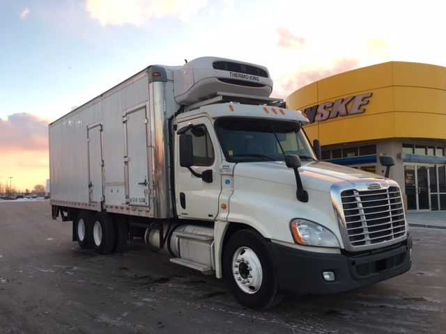 Reefer Truck-Light and Medium Duty Trucks-Freightliner-2011-X12564S-ROCKFORD-IL-533,105 miles-$59,250
