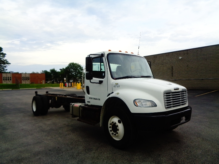 Cab and Chassis Truck-Light and Medium Duty Trucks-Freightliner-2011-M2-LONDON-ON-539,677 km-$23,000