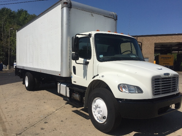 Medium Duty Box Truck-Light and Medium Duty Trucks-Freightliner-2011-M2-FRAMINGHAM-MA-208,967 miles-$26,750