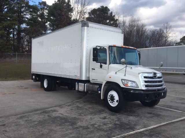 Medium Duty Box Truck-Light and Medium Duty Trucks-Hino-2011-268-DECATUR-AL-121,013 miles-$42,250