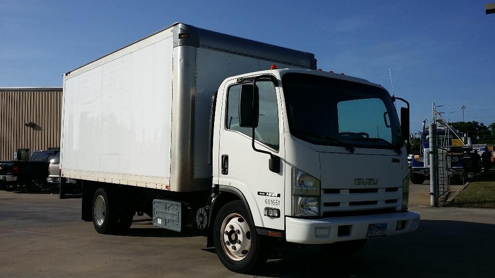 Medium Duty Box Truck-Light and Medium Duty Trucks-Isuzu-2011-NRR-BRENHAM-TX-150,869 miles-$21,250