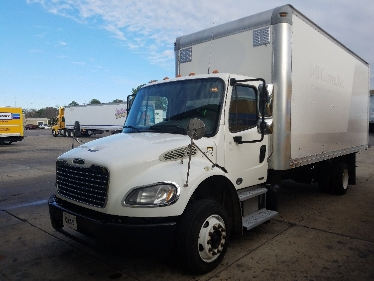 Medium Duty Box Truck-Light and Medium Duty Trucks-Freightliner-2011-M2-TUSCALOOSA-AL-288,803 miles-$26,000