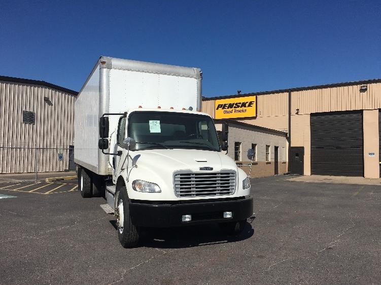 Medium Duty Box Truck-Light and Medium Duty Trucks-Freightliner-2011-M2-WICHITA-KS-210,103 miles-$33,750