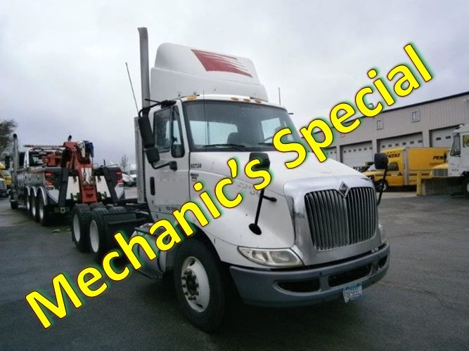 Day Cab Tractor-Heavy Duty Tractors-International-2011-8600-MONTGOMERY-IL-352,181 miles-$13,000