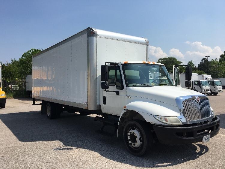 Medium Duty Box Truck-Light and Medium Duty Trucks-International-2011-4300LP-NORFOLK-VA-109,405 miles-$21,000