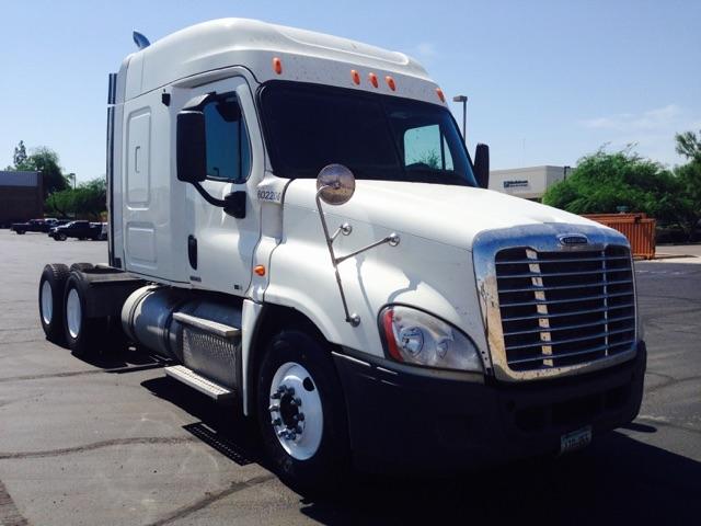 Sleeper Tractor-Heavy Duty Tractors-Freightliner-2011-Cascadia 12564ST-PHOENIX-AZ-294,114 miles-$54,000
