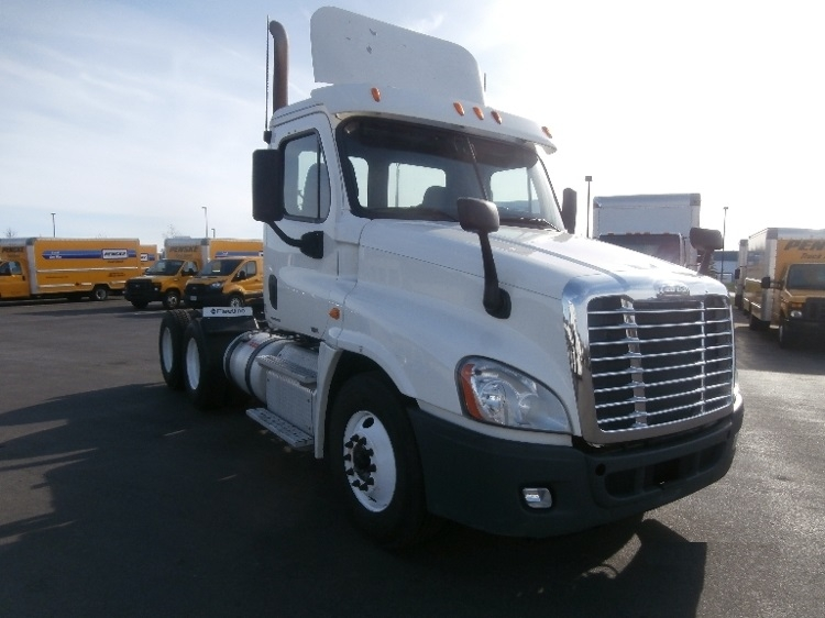 Day Cab Tractor-Heavy Duty Tractors-Freightliner-2011-Cascadia 12564ST-SCARBOROUGH-ME-458,875 miles-$32,000