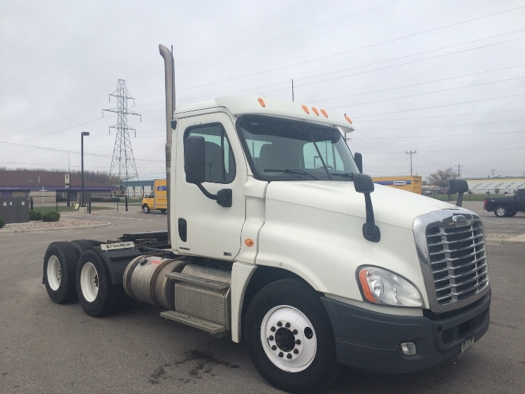 Day Cab Tractor-Heavy Duty Tractors-Freightliner-2011-Cascadia 12564ST-SCARBOROUGH-ME-544,144 miles-$26,750