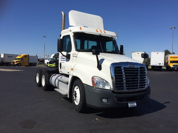 Day Cab Tractor-Heavy Duty Tractors-Freightliner-2011-Cascadia 12564ST-RICHLAND-MS-414,472 miles-$31,750