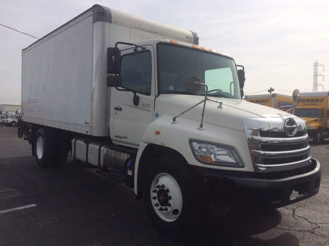 Medium Duty Box Truck-Light and Medium Duty Trucks-Hino-2011-338-LINDEN-NJ-156,897 miles-$23,500