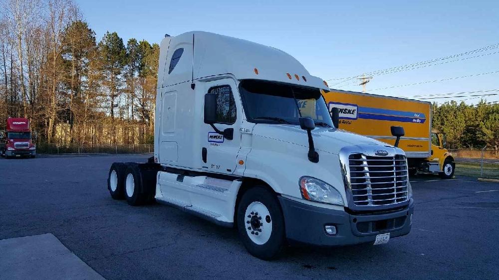 Sleeper Tractor-Heavy Duty Tractors-Freightliner-2011-Cascadia 12564ST-CONYERS-GA-637,101 miles-$33,500
