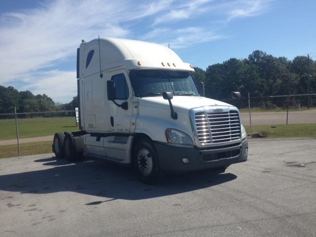 Sleeper Tractor-Heavy Duty Tractors-Freightliner-2011-Cascadia 12564ST-BIRMINGHAM-AL-571,424 miles-$35,000
