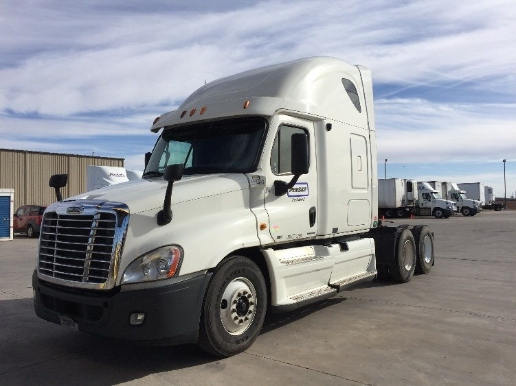 Sleeper Tractor-Heavy Duty Tractors-Freightliner-2011-Cascadia 12564ST-WILMINGTON-NC-547,430 miles-$34,500