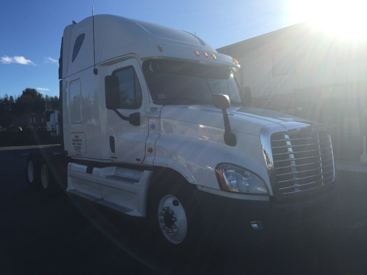 Sleeper Tractor-Heavy Duty Tractors-Freightliner-2011-Cascadia 12564ST-EAST WINDSOR-CT-376,614 miles-$45,500