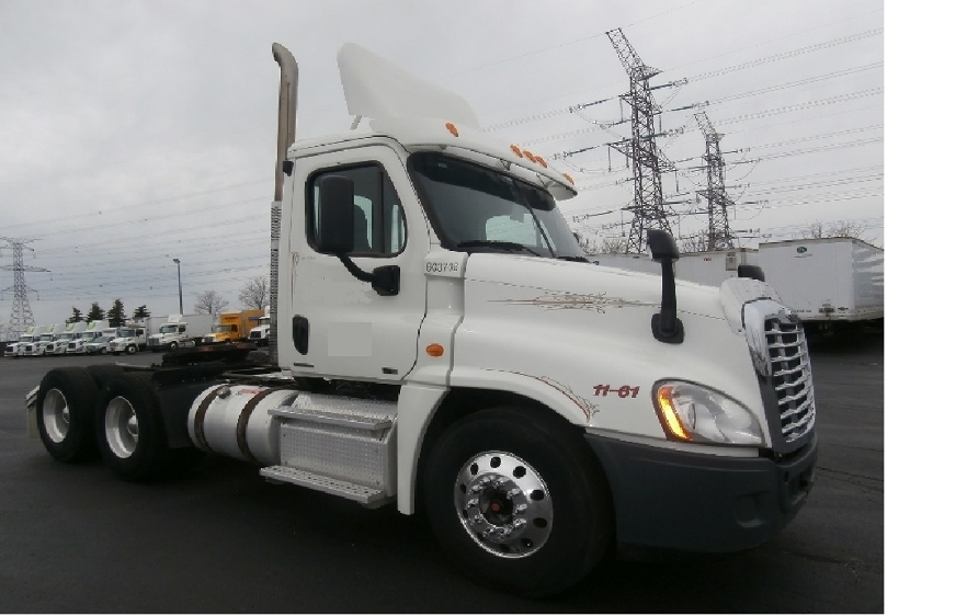 Day Cab Tractor-Heavy Duty Tractors-Freightliner-2011-Cascadia 12564ST-MISSISSAUGA-ON-350,527 km-$55,000