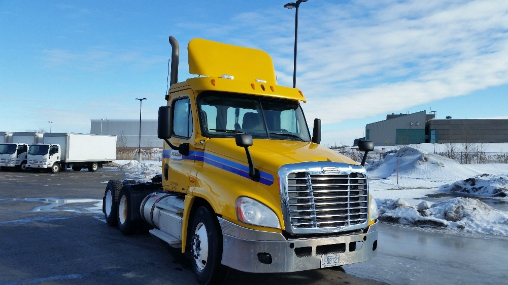 Day Cab Tractor-Heavy Duty Tractors-Freightliner-2011-Cascadia 12564ST-SAINT LAURENT-PQ-537,000 km-$41,000
