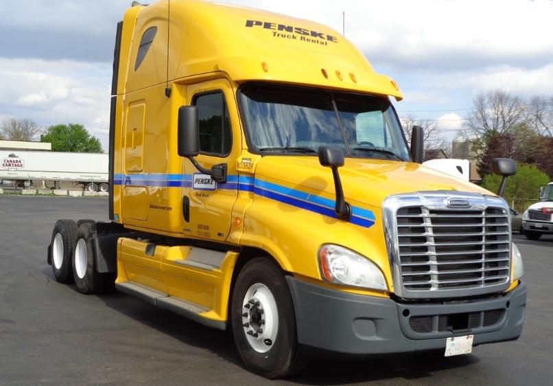 Sleeper Tractor-Heavy Duty Tractors-Freightliner-2011-Cascadia 12564ST-LONDON-ON-920,250 km-$36,000