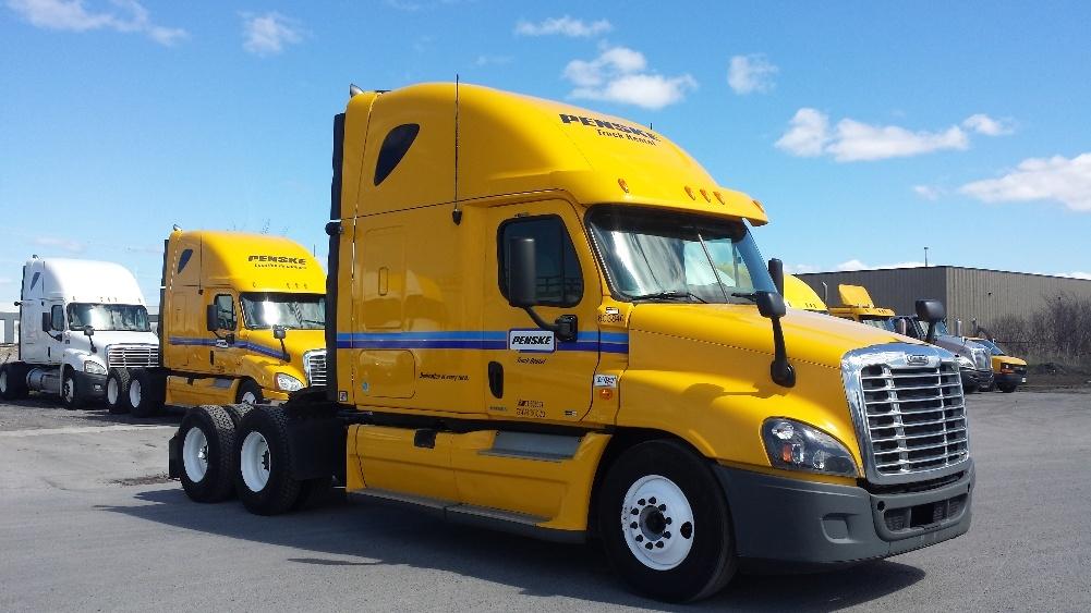 Sleeper Tractor-Heavy Duty Tractors-Freightliner-2011-Cascadia 12564ST-OTTAWA-ON-849,000 km-$36,000