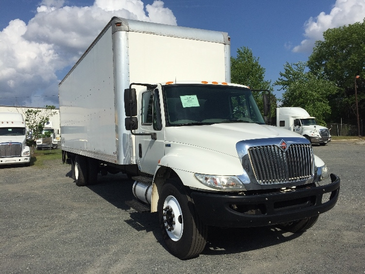 Medium Duty Box Truck-Light and Medium Duty Trucks-International-2011-4300-CHARLOTTE-NC-260,107 miles-$21,500