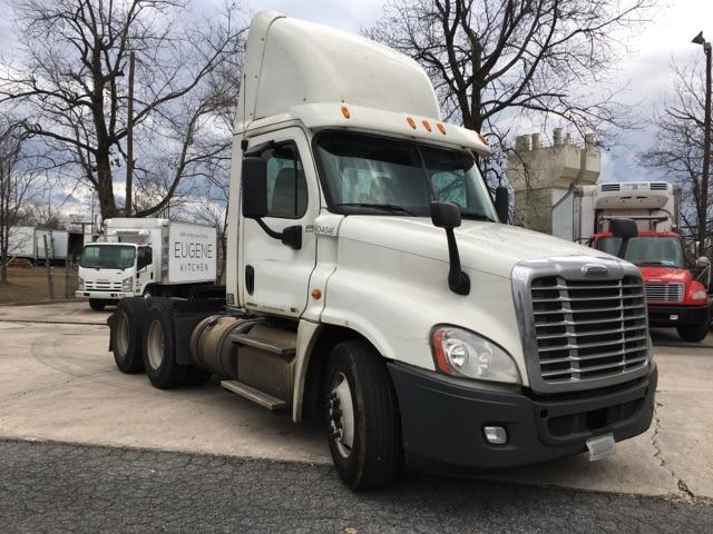 Used TADCs For Sale in GA - Penske Used Trucks