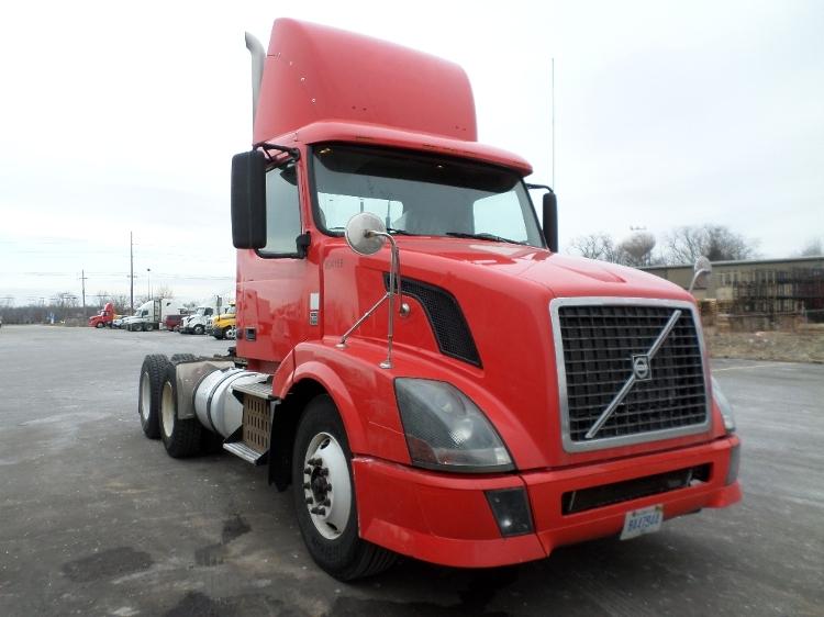 Day Cab Tractor-Heavy Duty Tractors-Volvo-2012-VNL64T300-HOLLAND-MI-448,661 miles-$23,000